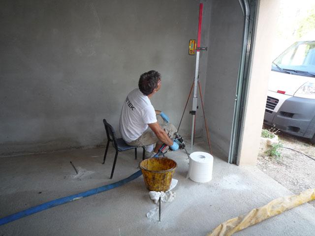 prix injection rsine sous fondations cool travaux neufs mise en place du chantier with prix. Black Bedroom Furniture Sets. Home Design Ideas